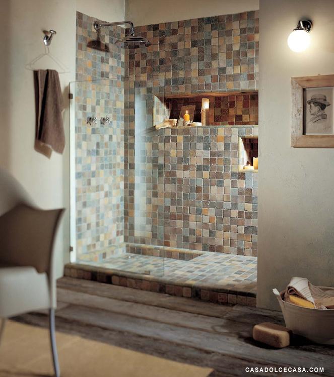 di rivestimenti interni a Bottanuco doccia grande